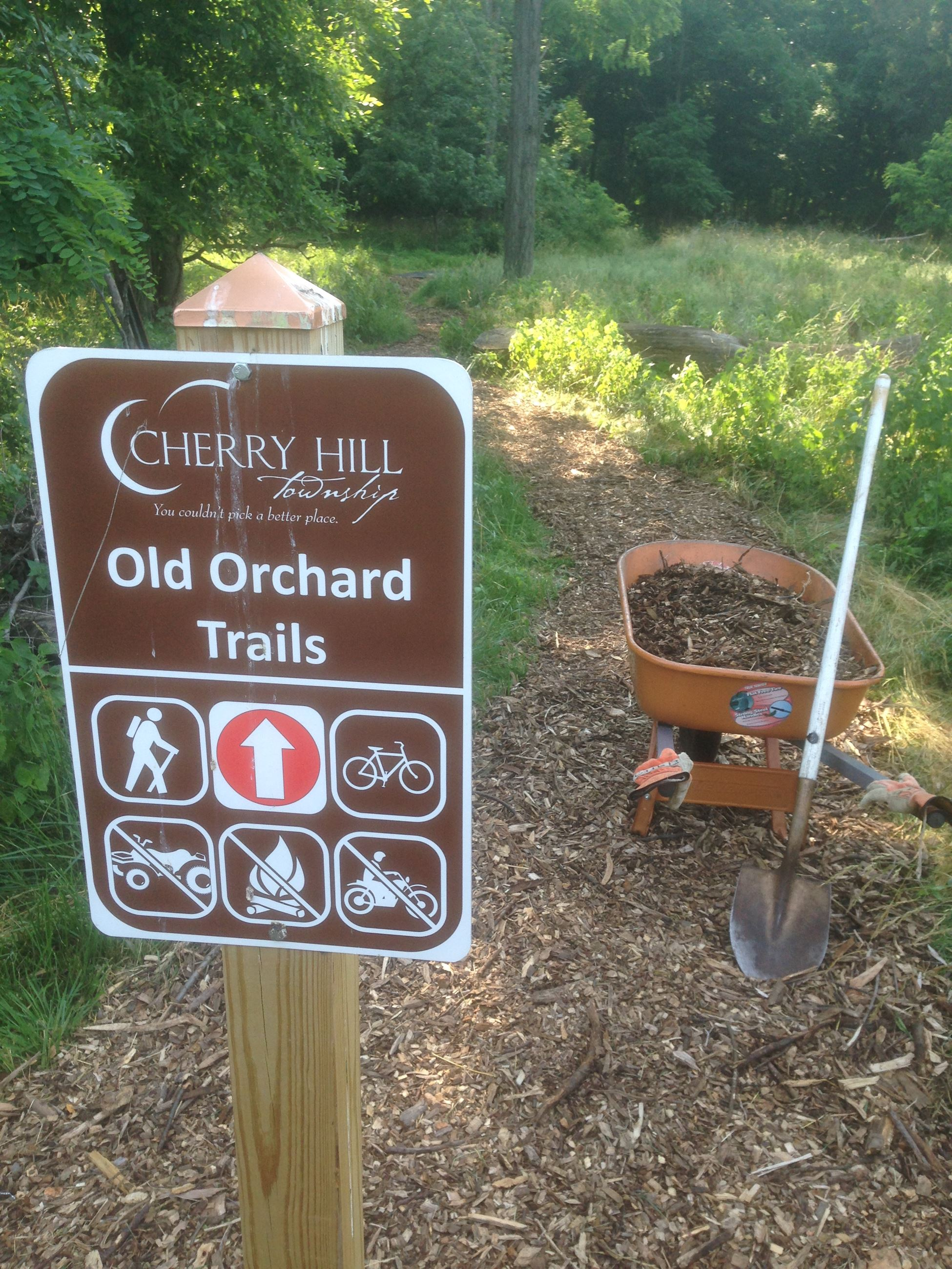 Old Orchard Trails Sign Image